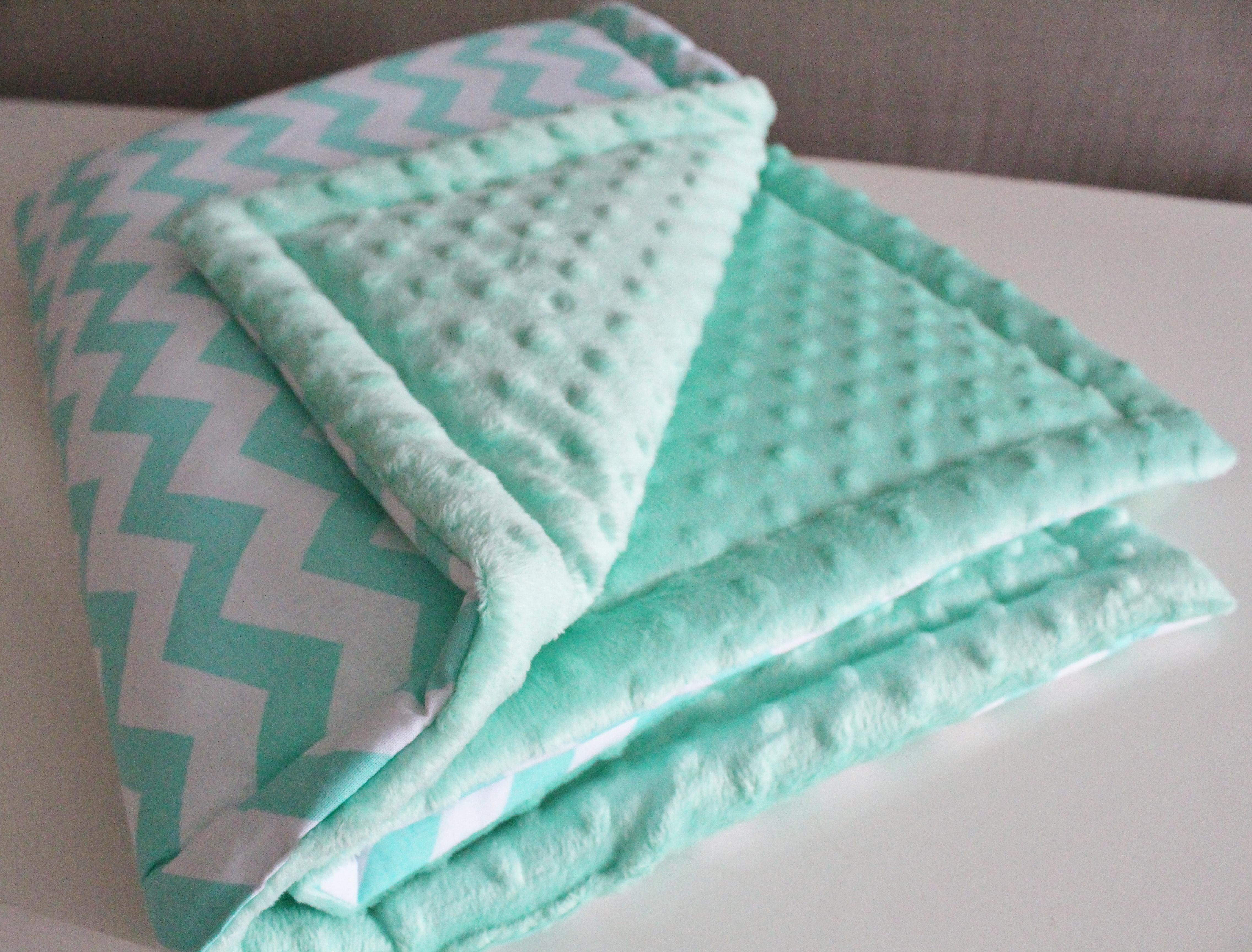 Сшить одеяло из плюша